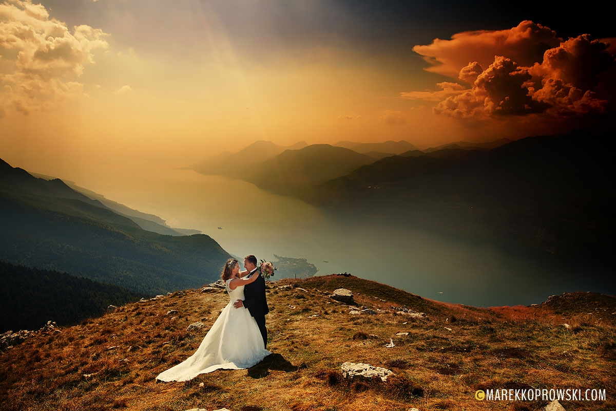 Sesja nad Gardą, Ślub we Włoszech, Malcesine Matrimonio, Destination Wedding Photographer, Włoskie Wesele, fotograf we Włoszech, sesja w górach