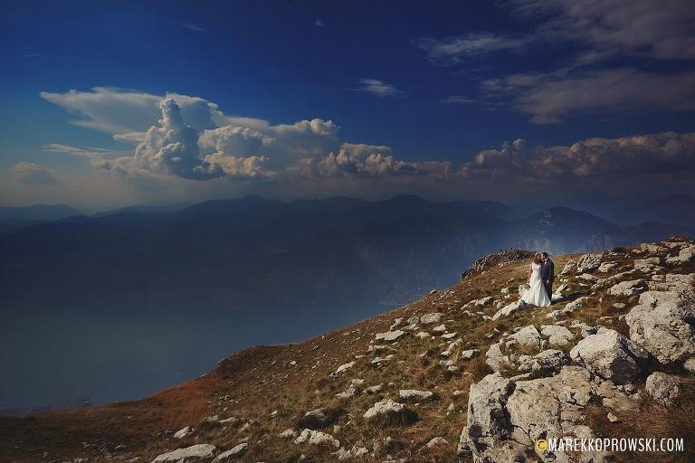 Sesja nad Gardą, Ślub we Włoszech, Malcesine Matrimonio, Destination Wedding Photographer, Włoskie Wesele, fotograf we Włoszech, sesja w górach, Monte Baldo